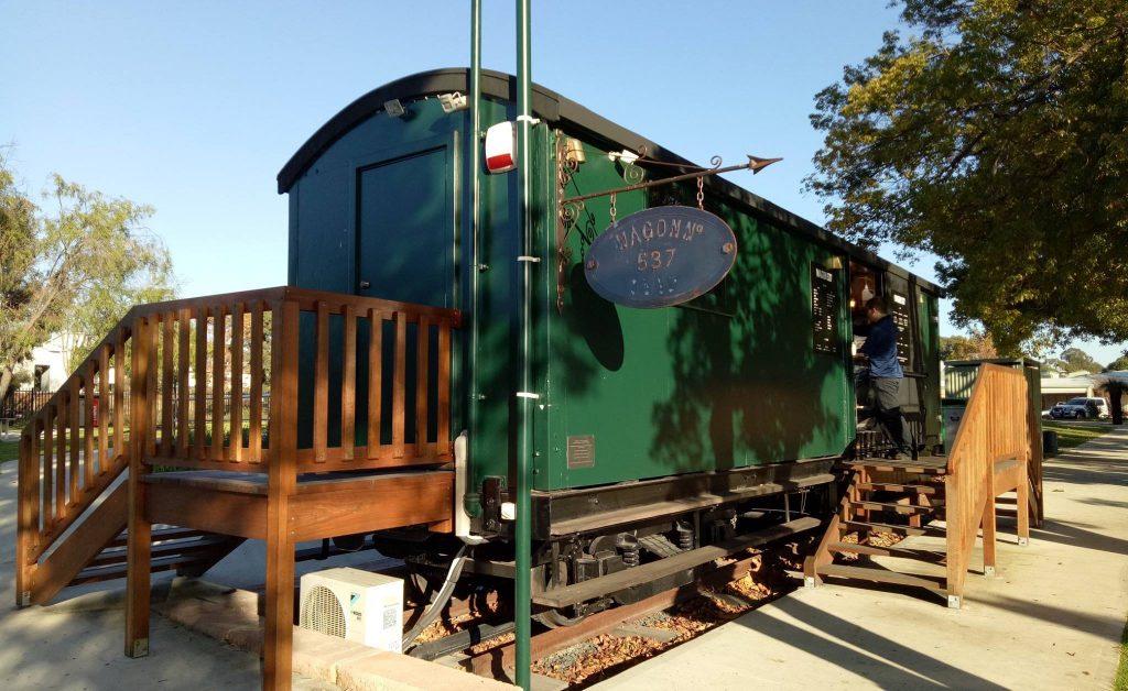 Wagon 537