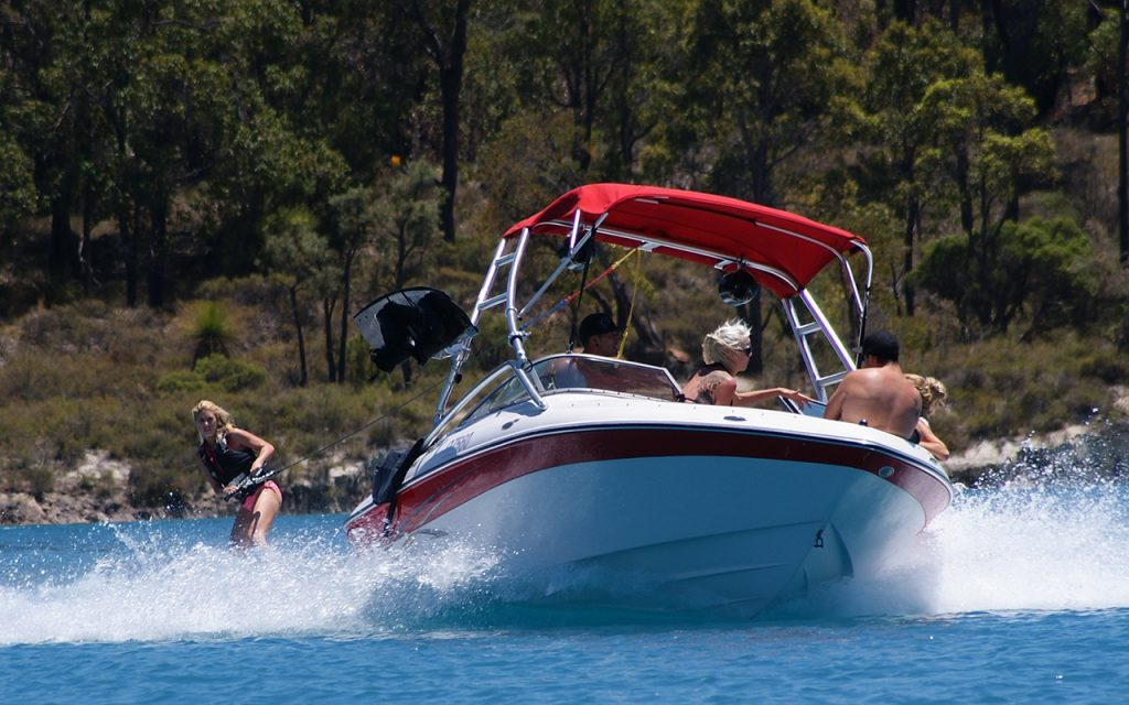 Waterskiing | Collie River Valley
